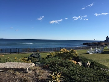 Anchorage by the Sea