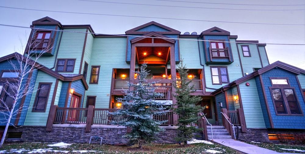 Abode at Moose Lodge