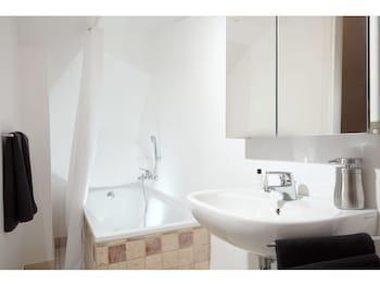 Rome Luxury Rental - Bathroom  - #0