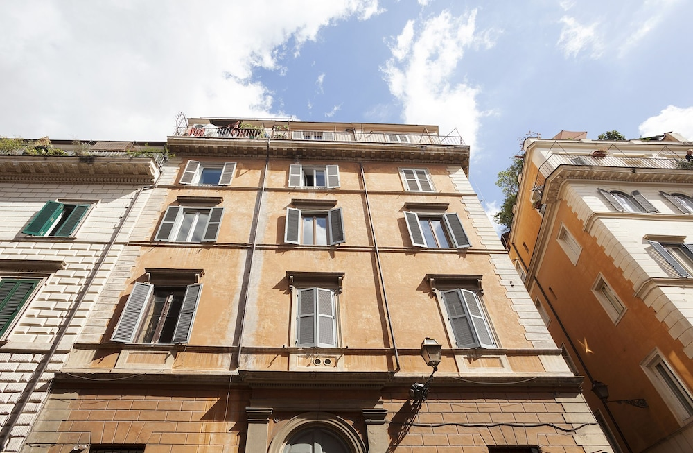 Rome Luxury Rental