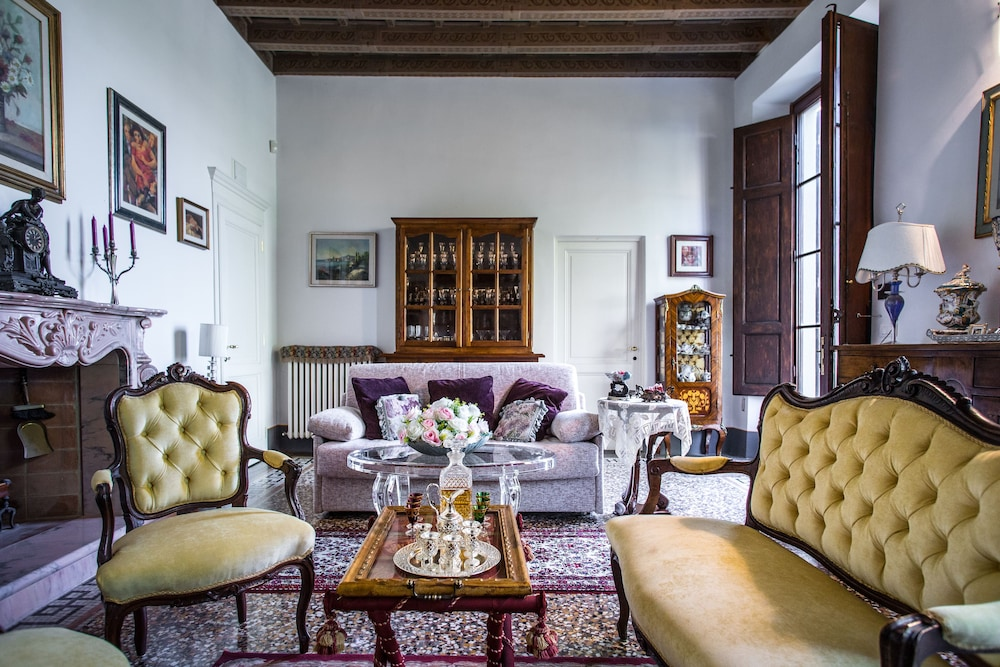 Broncigliano Luxury B&B