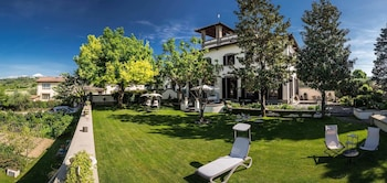 Broncigliano Luxury B&B - Featured Image  - #0