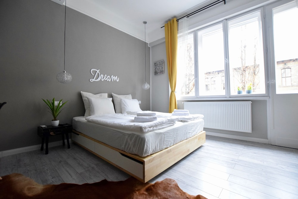Hi5 Apartments - Váci street
