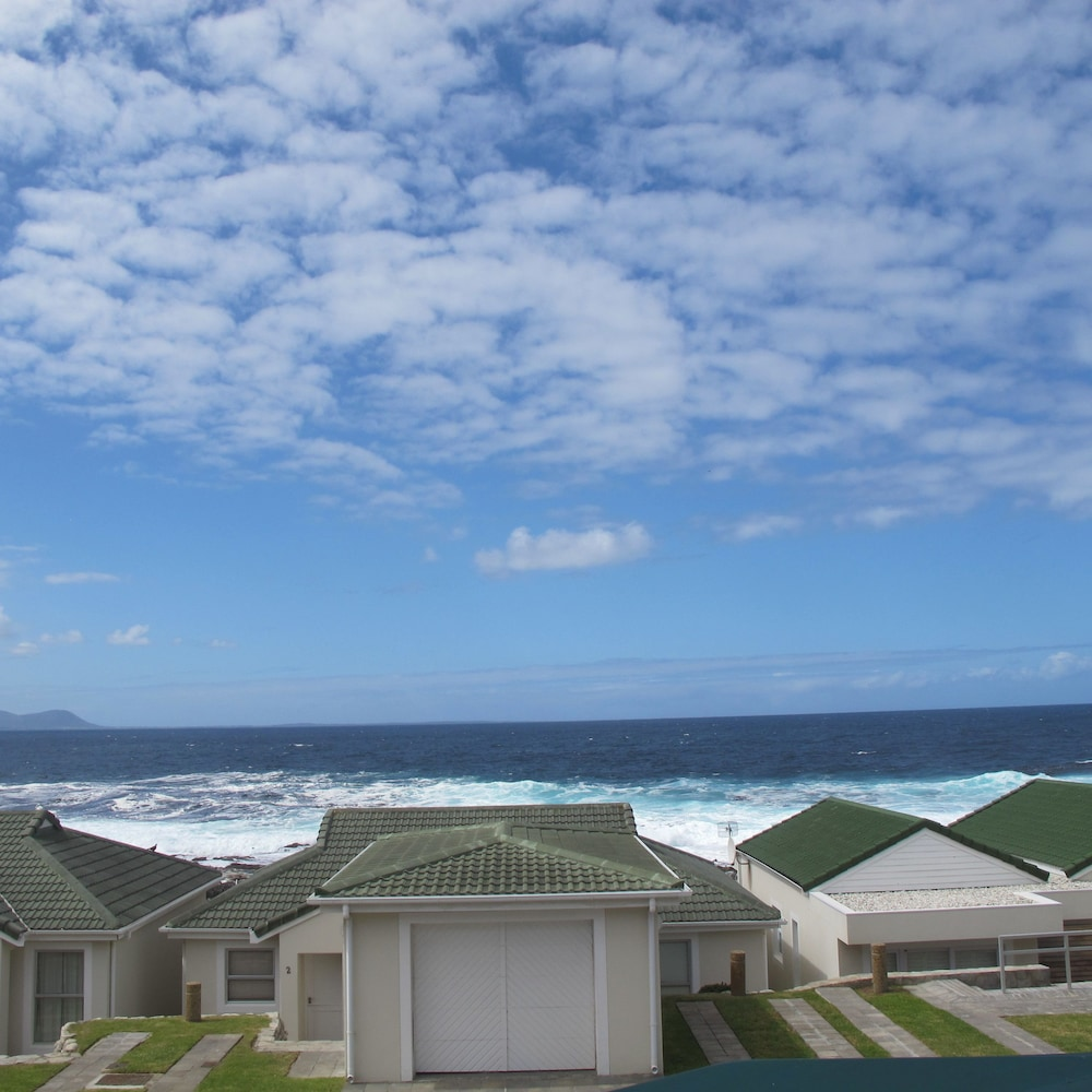 Ocean Edge Apartments