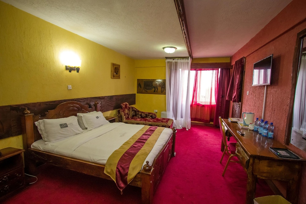 The Luke Hotel