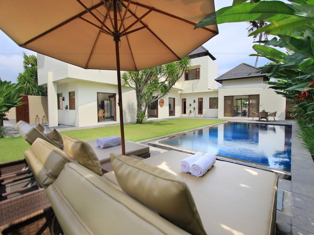 Villa Maya Sanur