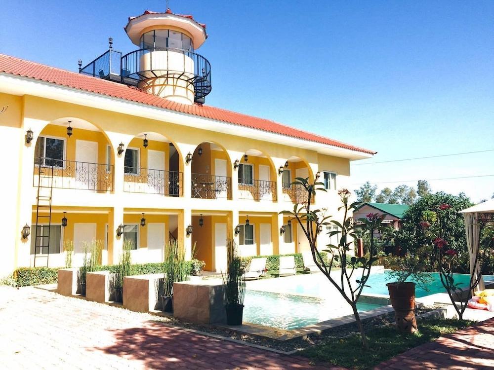 Villa Del Faro