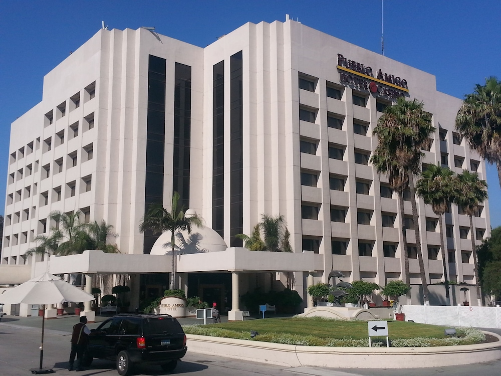 Hotel Pueblo Amigo Plaza & Casino