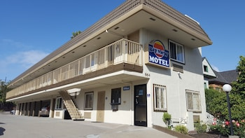 Bayview Motel in Emeryville, California