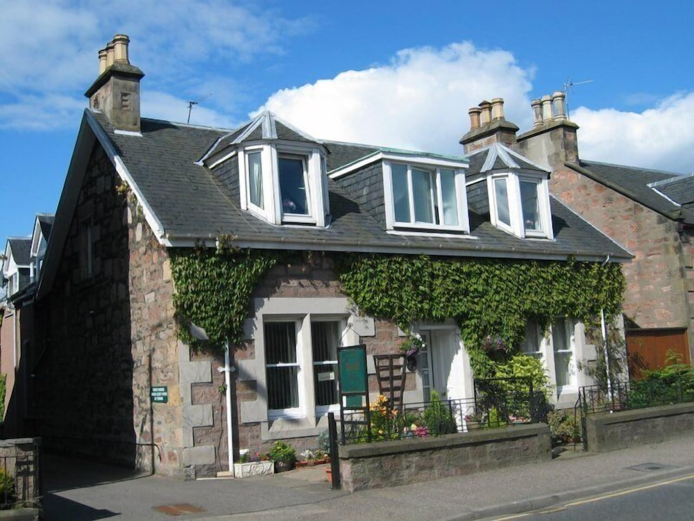 Mardon Guest House