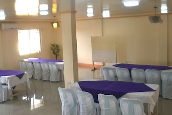 Alliyah's Beach Resort - Meeting Facility  - #0