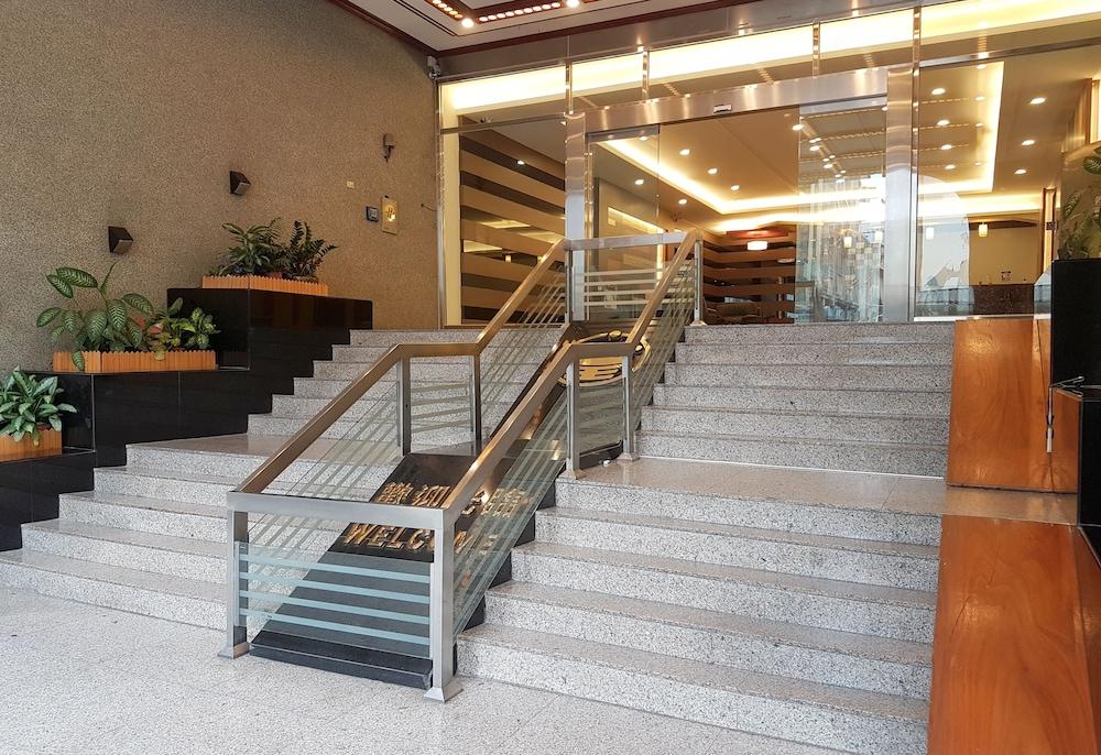 Sun Wang Hotel
