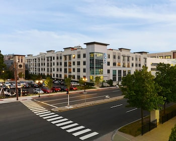 Global Luxury Suites at Downtown Stamford in Stamford, Connecticut