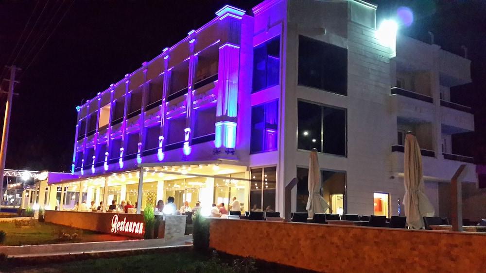 Hamzakoy Bluepark Boutique Hotel