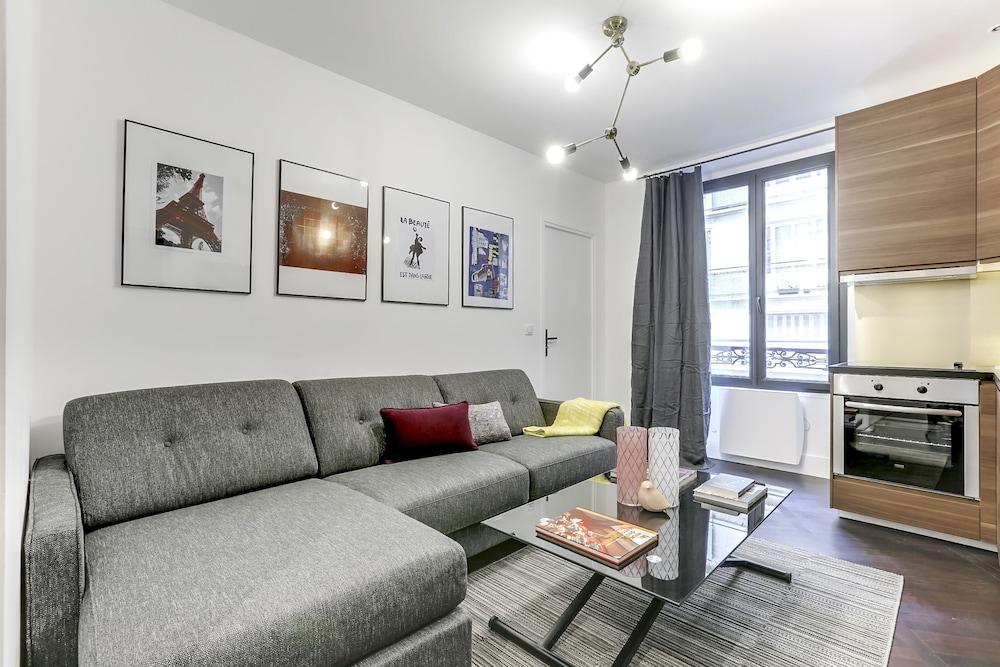 Sweet inn Apartments Champs Elysées