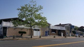 Atlantic Motel in Point Pleasant Beach, New Jersey