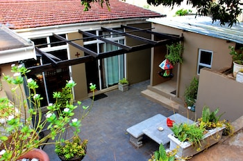 Terebinte Guest House - Courtyard  - #0