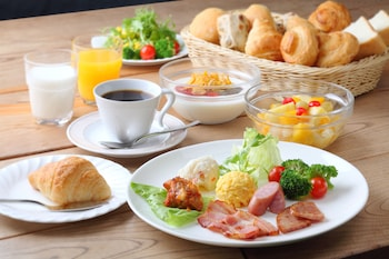 Fukui Manten Hotel Ekimae - Food and Drink  - #0