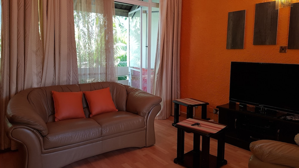 Lolos Cosy One Bedroom Apartment