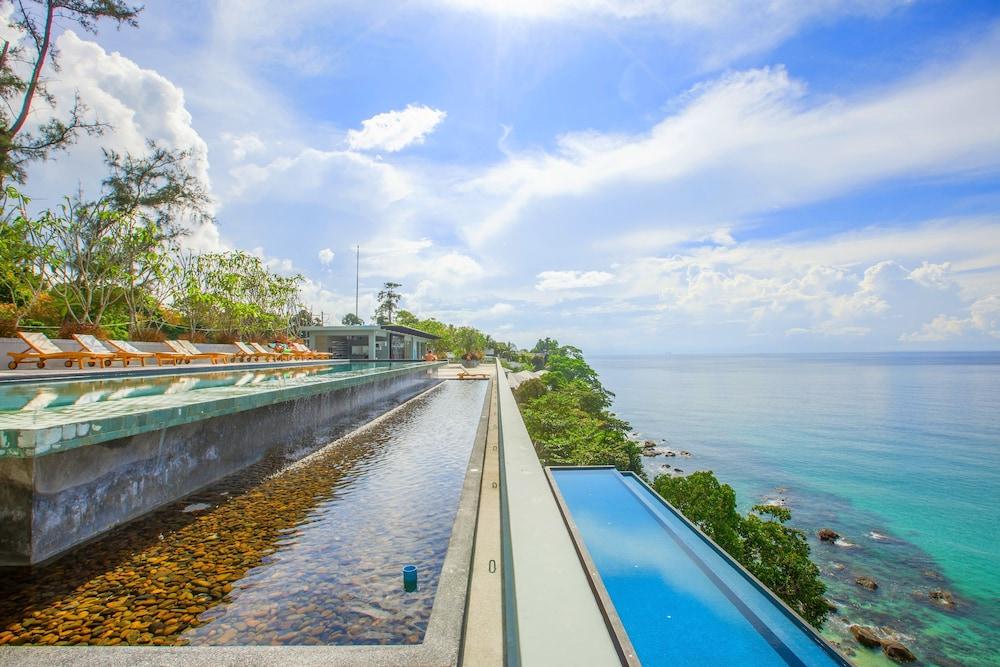 79 Surin Beach Resort