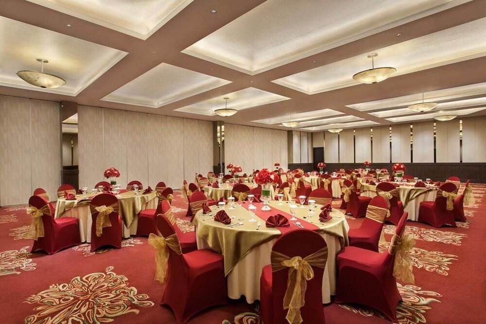 Days Hotel Suites By Wyndham Jakarta Airport Kota Tangerang Price Address Reviews