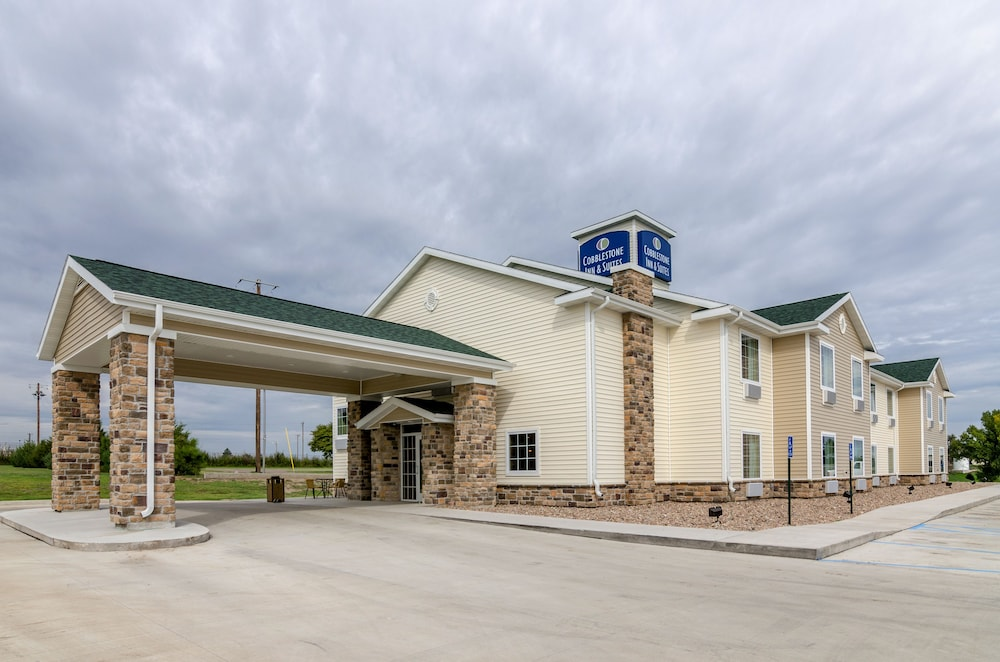 Cobblestone Inn & Suites - Oberlin