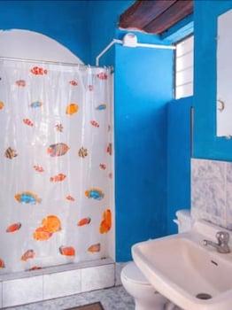 Blue Door Housing Old Historic Quito - Bathroom  - #0