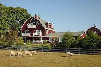Chanticleer Guest House in Sturgeon Bay, Wisconsin