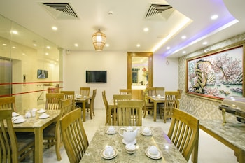 The Airport Hotel - Breakfast Area  - #0