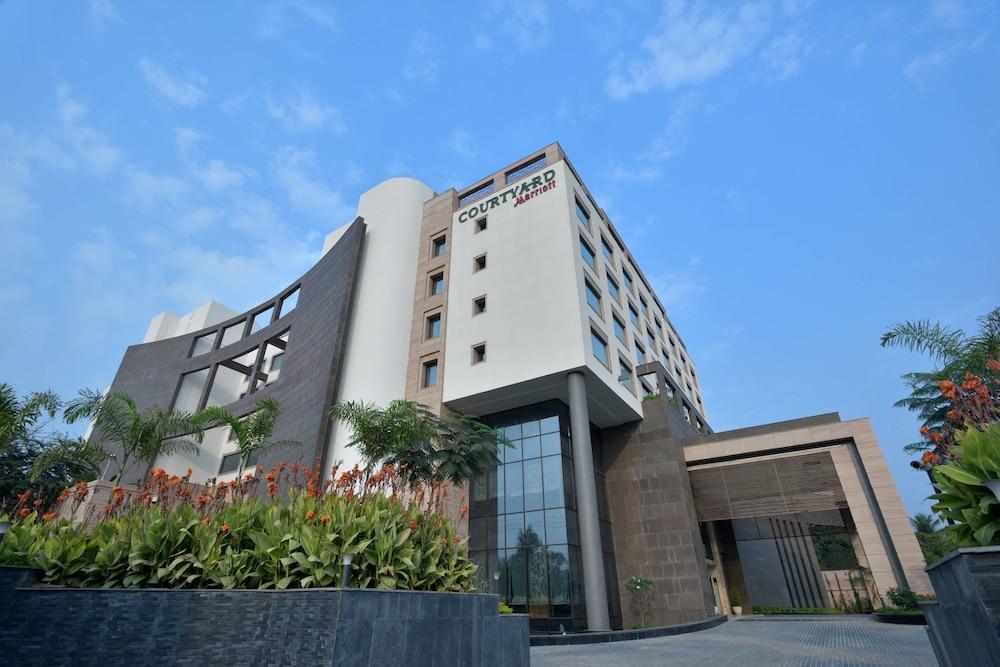 Courtyard by Marriott Raipur