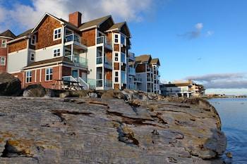 Tides Inn & Suites in Port Townsend, Washington