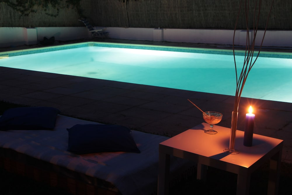 White House Cascais Bed & Breakfast