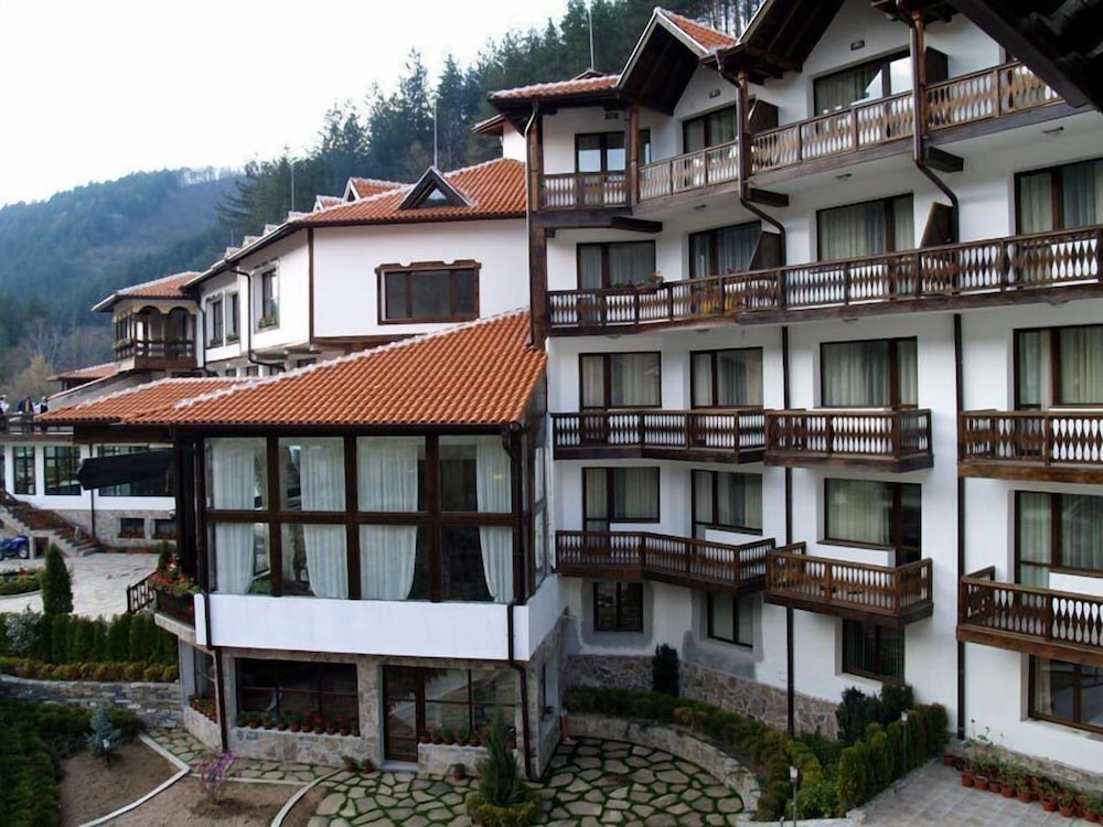 Chiflika Palace Hotel & SPA