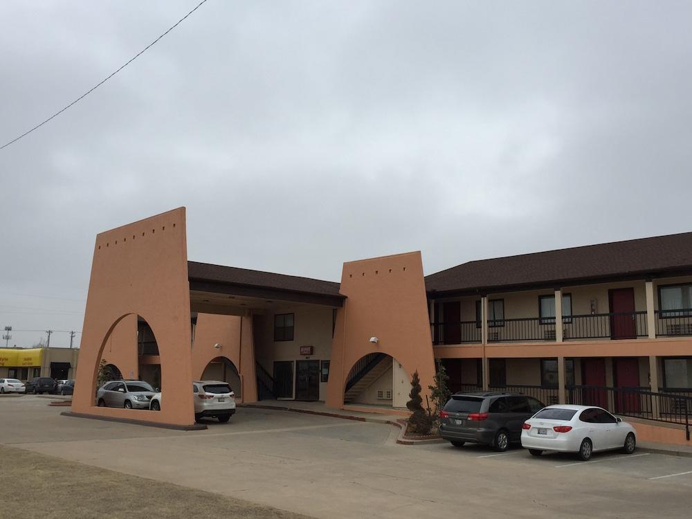 Budget Inn of OKC