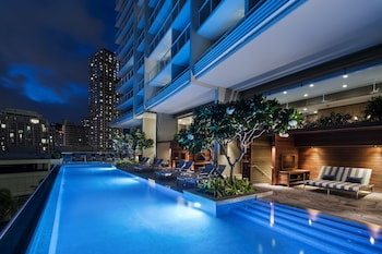 The Ritz Carlton Residences Waikiki Beach