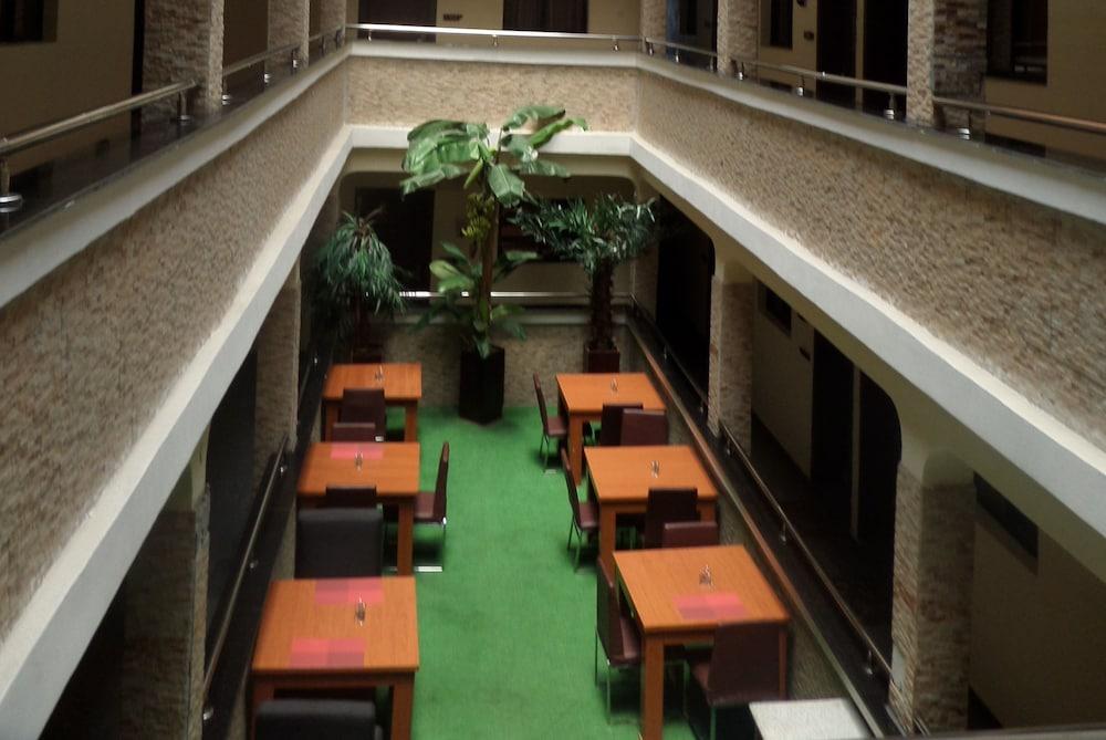 Prixair Pure Hotel Wuse