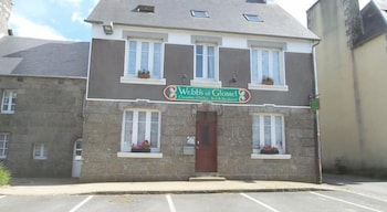 tarifs reservation hotels Webb's of Glomel Brittany Bed and Breakfast