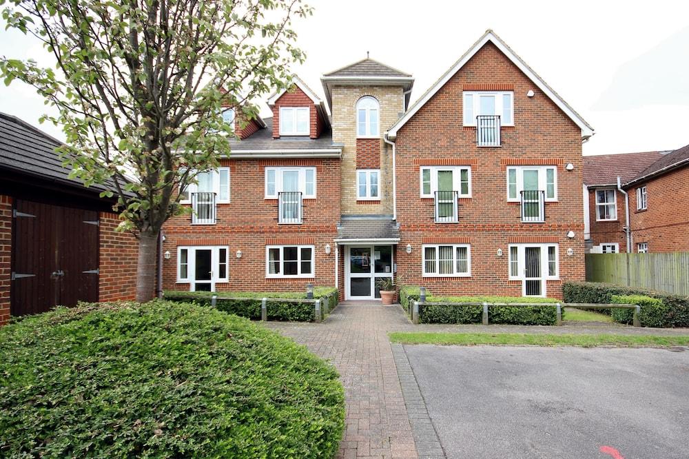 Berkshire Rooms - Basingstoke