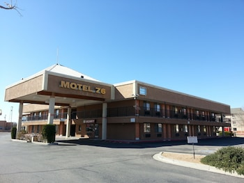 Motel 76 in Albuquerque, New Mexico
