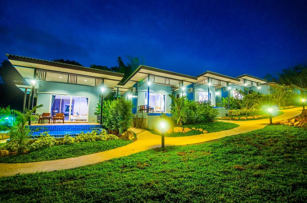 Chomphu Resort Khaolak