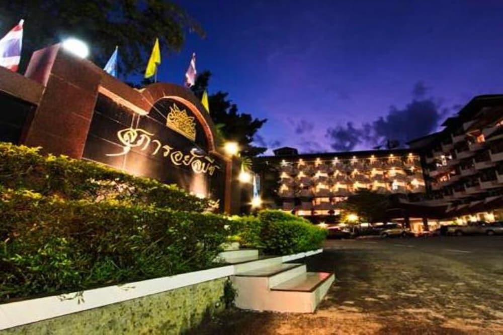 Supar Royal Beach Resort