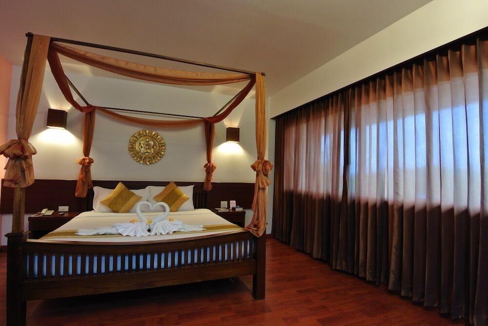 Ligor City Hotel