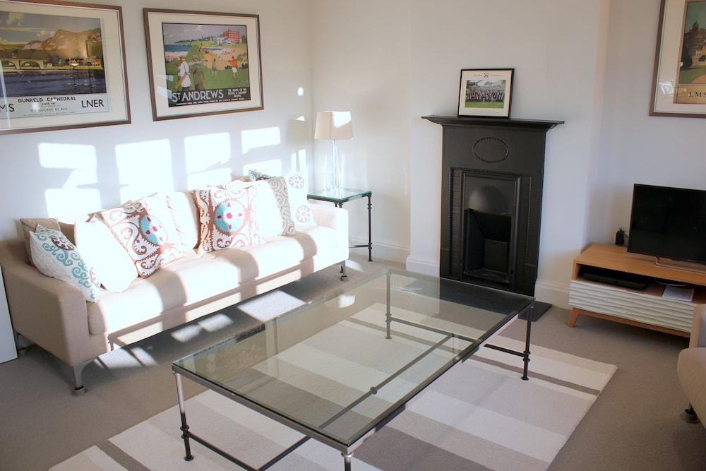 The Luxurious Duplex (Peymans)