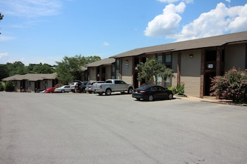 Pointe Royale Condo Vacation and Golf Resort - Parking  - #0