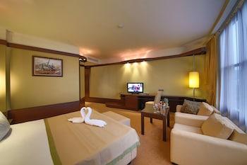 瓦爾納迪姆亞特瑞士貝爾飯店