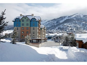 Highmark Steamboat Springs - HM3A by RedAwning