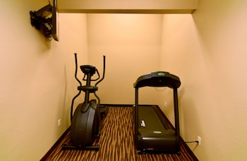 Boulders Inn & Suites Monticello - Fitness Facility  - #0
