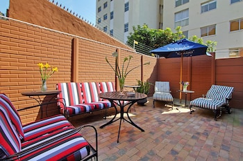 40 Winks Guest House Green Point Cape Town - Terrace/Patio  - #0
