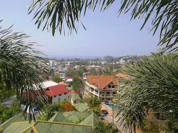 Mountain Sea View Luxury Apartments - Guestroom  - #0