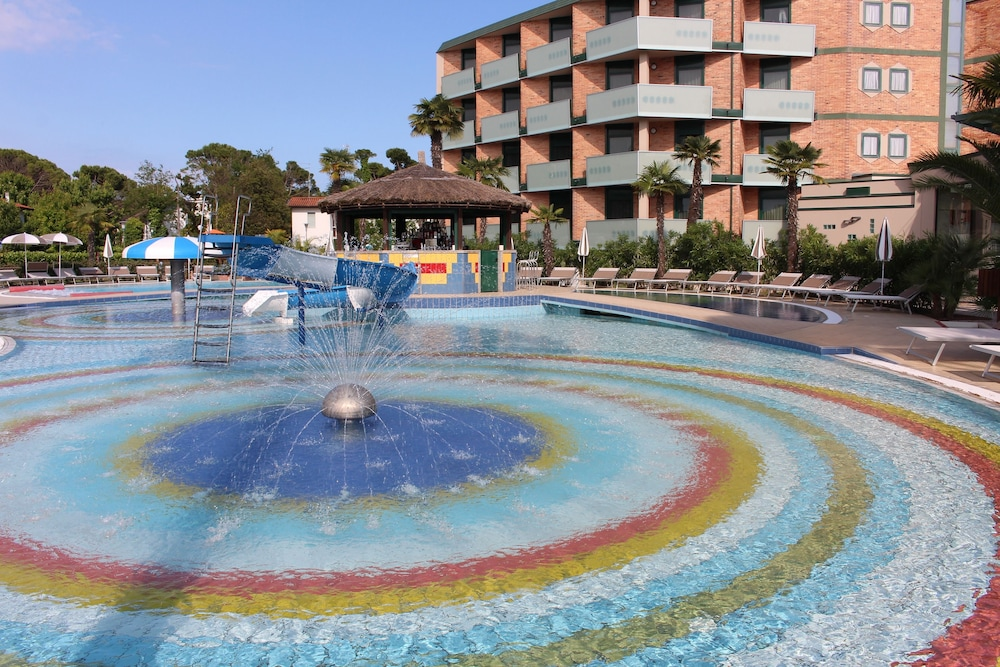 Hotel Mediterranee Family & Spa Hotel